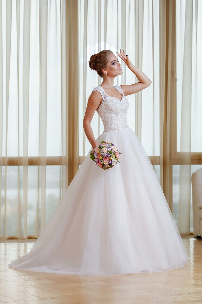 Купить свадебное платье москва распродажа